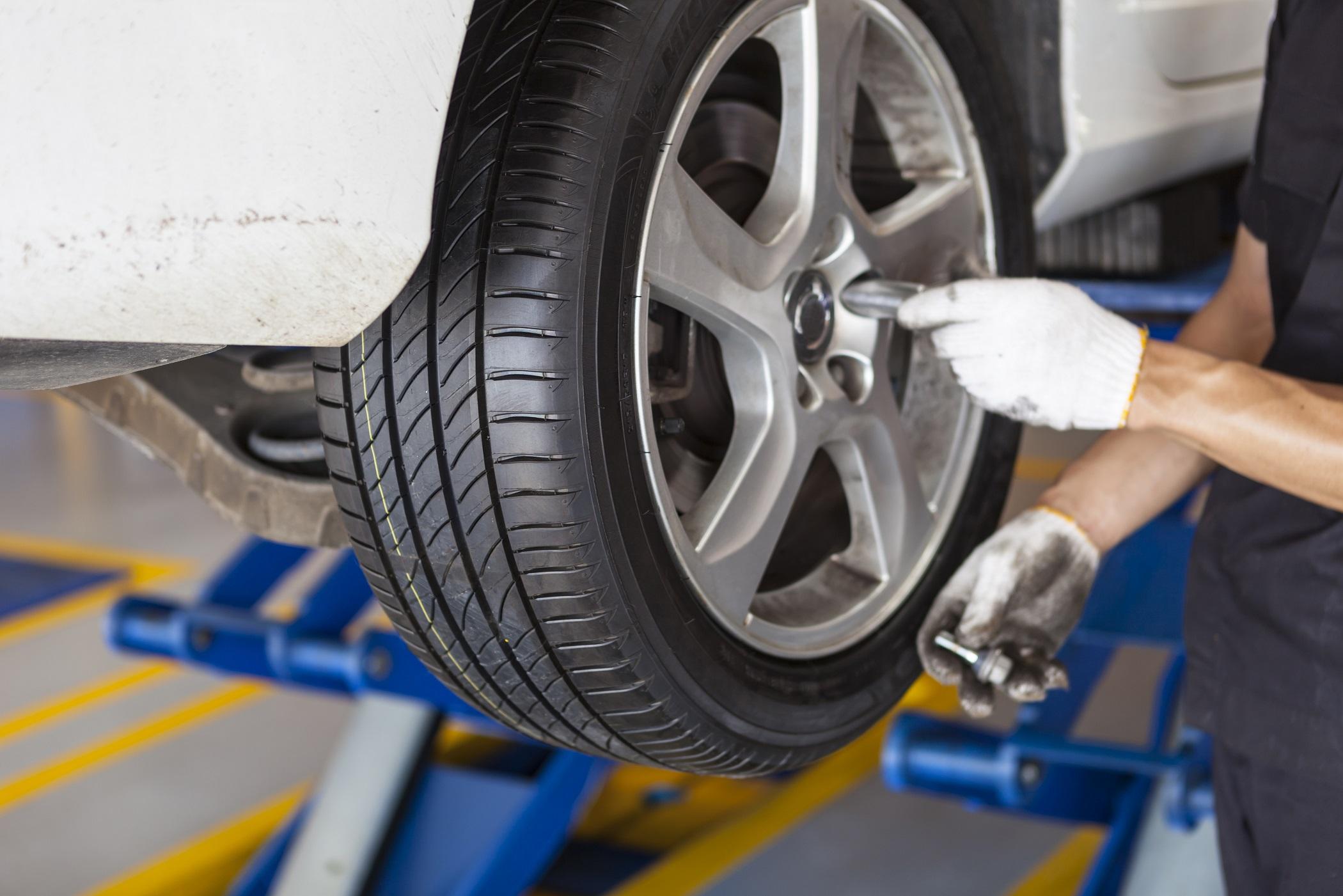 エスクァイア、燃費、実燃費、タイヤ空気圧