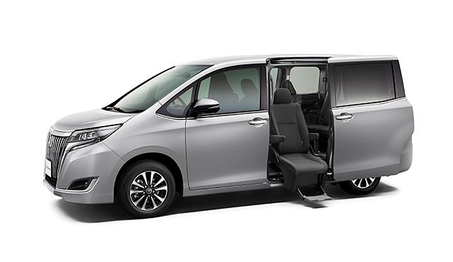 エスクァイア、燃費、実燃費、福祉車両、サイドリフトアップチルトシート装着車