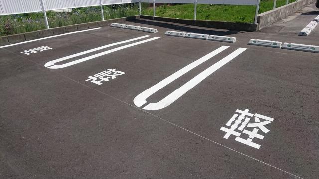 エスクァイア、機械式駐車場